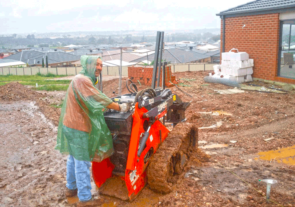 On Trac Mini Digger in Bacchus Marsh VIC - image OnTrac1.png